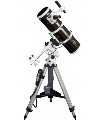 150/750 SkyWatcher Newton EQ3-GoTo mechanikán